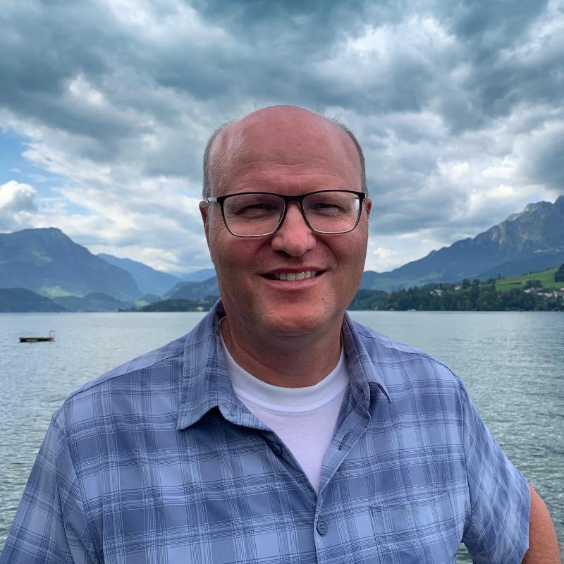 Dr. Andreas Heisler
